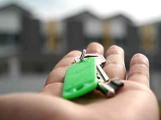 Csak ősztől lehet jobban válogatni az új lakásokból, drágábban