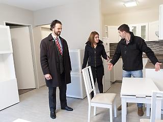 Egyre többen adják ingatlanozásra a fejüket