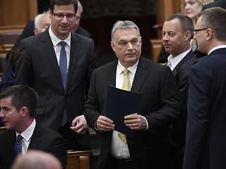 Orbán Viktor: határzár és boltzár jön