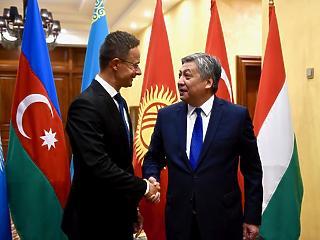 Közép-ázsiai diktatúrákkal barátkozik Szijjártó Péter