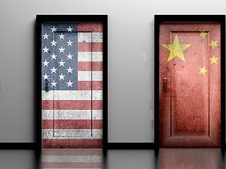 A befektetők szeme a kereskedelmi tárgyalásokon