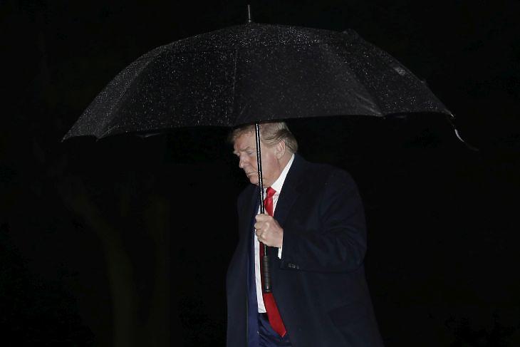 Donald Trump a Fehér Ház kertjében Washingtonban 2020. május ötödikén. EPA/Yuri Gripas / POOL
