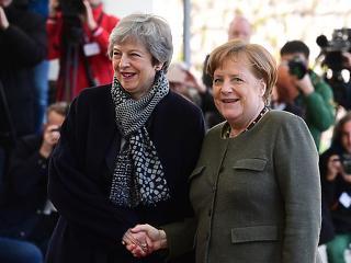 A nap képe: így örült egymásnak Angela és Theresa