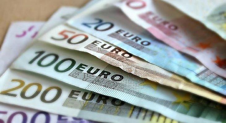 Megakadhat a pénzfolyam. Fotó: depositphotos