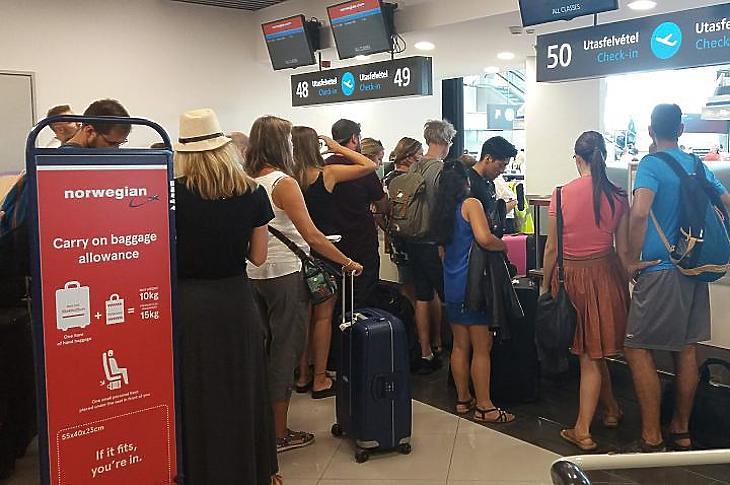 Norwegian check-in Budapesten