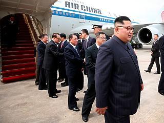 Szállótársai könnyelműen Kim Dzsongunt fényképezték