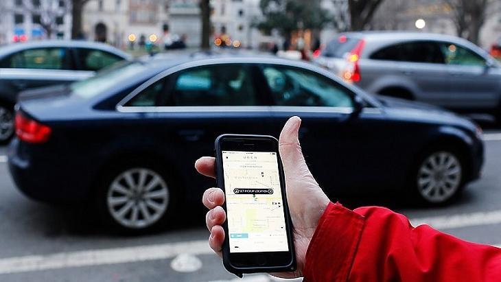 Kiakadt a világ az Uber vakmerő döntésén – életveszélyessé teszik az autóikat?