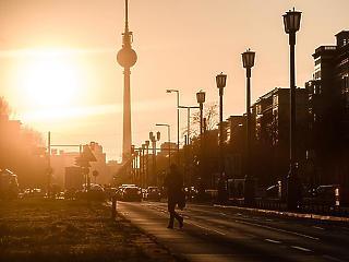Németország is elhagyhatja a közerületi maszkviselést
