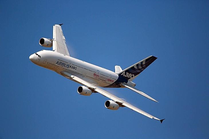 Szárnyal az Airbus, de nagy pofonokat kaptak az olajmultik