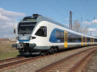 Minden tizedik vonat késett tavaly a MÁV-nál