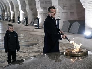 Macronnak nagy tervei vannak Európával - még a történelmet is átpolitizálja