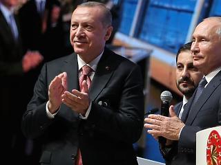 A nap képe: így örült az új vezetéknek Orbán két cimborája