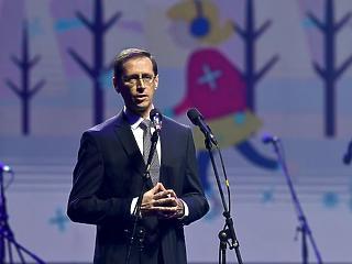Túlóra, minimálbér – megszólalt Varga Mihály