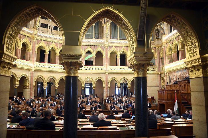 Kedden az Alkotmánybíróság új tagját is megismerhetjük