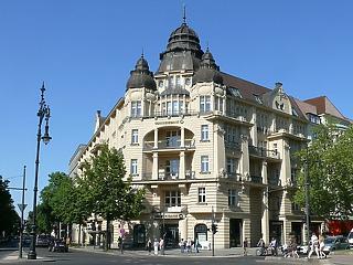 Elbocsát 2300 dolgozót a német nagybank