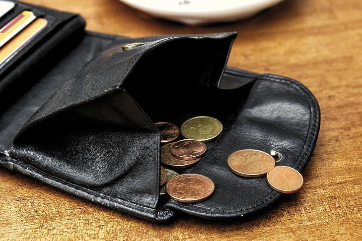 Pár ezer forinttal emelkedhet a minimálbér