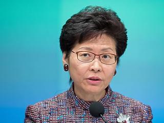 Határozottabb fellépésre sarkallta a hongkongi kormányzót a kínai elnök