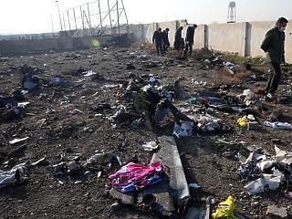 A nap képe: tragikus fotó az Iránban lezuhant repülőről