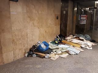 Betiltották a hajléktalanságot Magyarországon