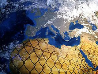 Készülnek a tervek: be se engedik a menekülteket az EU-ba