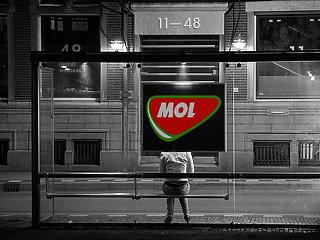 Újabb pocsék tőzsdenap – beszakadt a Mol, stabil a forint