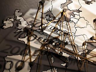 Keményen fellép Brüsszel: így harcolnak a pénzmosás ellen