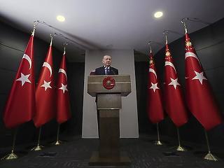 """""""Soros György török embere"""" miatt folyik a diplomáciai háború Erdogan és a Nyugat között"""