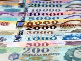 Az év végén megtorpanhat a magyar gazdaság féktelen vágtája
