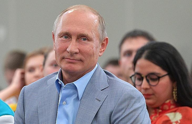 Putyin interjút adott: elmondta, mi volt Merkel alapvető hibája