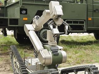 Nem a munkánkat, az életünket kell féltenünk a robotoktól