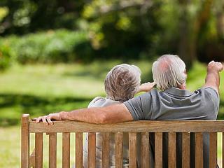 A nyugdíjrés betöméséhez többet kell majd adóznunk?