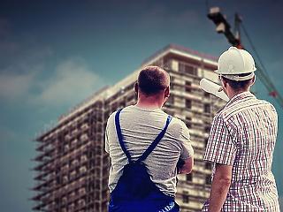 Építőipar: haza kéne hozni a külföldön dolgozó szakemberek 10 százalékát