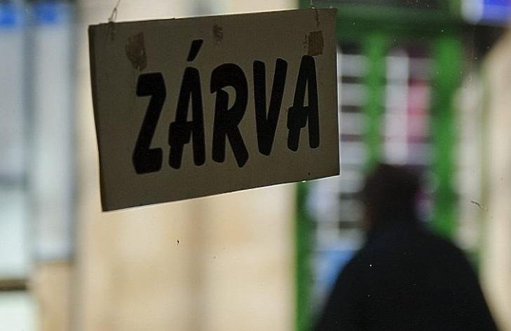 Elfogynak a magyar kisboltok? 8 év alatt 18 ezer zárt be