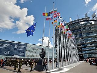 Az Európai Parlament megszavazta a Magyarországot és Lengyelországot elmarasztaló állásfoglalását