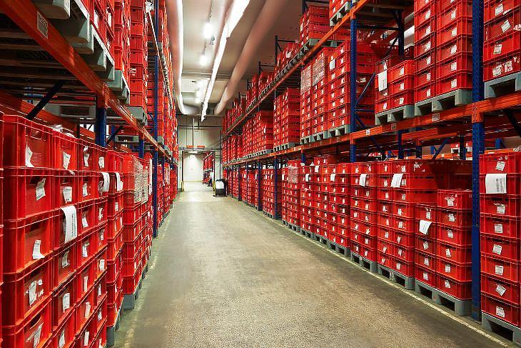 A saját logisztikai központ is segíti a gazdaságos működést (fotó: Spar)