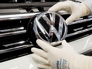 Újraindul egy német autógyár, halálozási prognózisra emelkedik Amerika