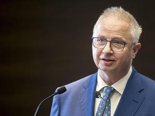 Várhelyi Olivér lehet a magyar uniós biztos