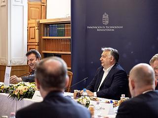 Orbán Viktor elárulta, mit vár a modellváltó egyetemektől