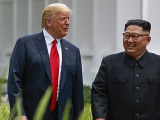Még a hónapban fordulat következhet Trump külpolitikájában