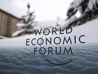 A becsődölt elit most a környezetet védené – Davosban Trump és Greta is fellép