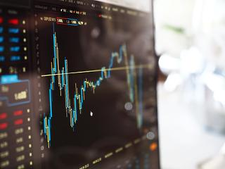 Pluszban zárt a hazai börze– új történelmi csúcson a Richter
