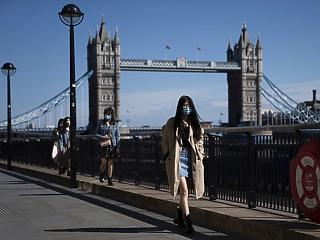 Három hónap koronavírus: 19,1 százalékos GDP-zuhanás a briteknél