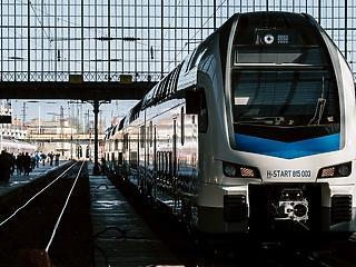 Megvan, mikortól utazhatunk emeletes vonatokkal