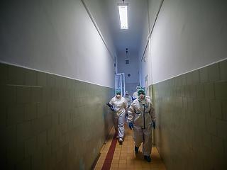 Kritikus a szakdolgozói létszámhelyzet a Magyar Egészségügyi Szakdolgozói Kamara szerint