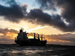 Elárasztja Európát az amerikai olaj