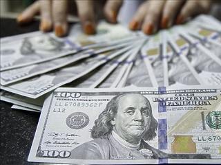 Hiába az inflációs kockázatok, a jegybankok a végsőkig kivárhatnak