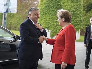 Hova tűnt napi 4-5 ezer menedékkérő? Blöff lehet Orbán kijelentése