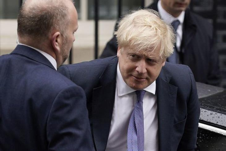 Üzenet Brüsszelnek: köti az ebet a karóhoz London