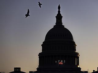Megint majdnem leállt az USA kormánya