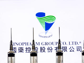 A kínai dokumentációtól függ, mikor kezdik a Sinopharm-mal az oltást